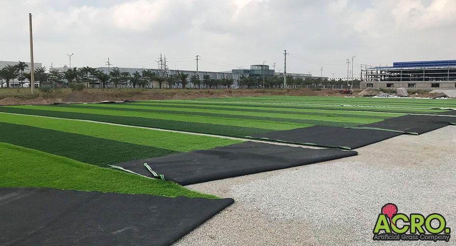 Giá làm sân cỏ nhân tạo