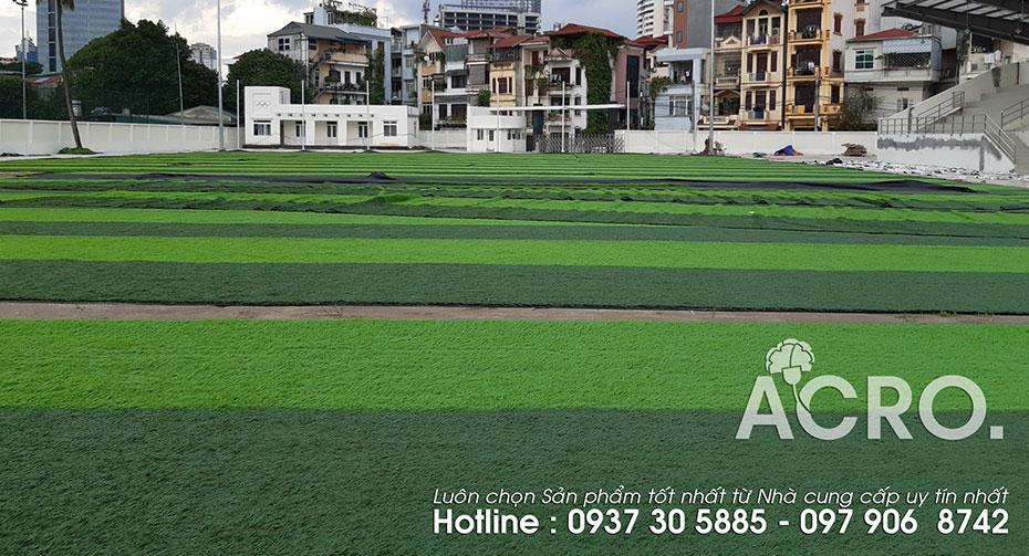 Chi phí đầu tư sân cỏ nhân tạo