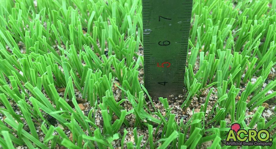 Giá cỏ nhân tạo làm sân bóng