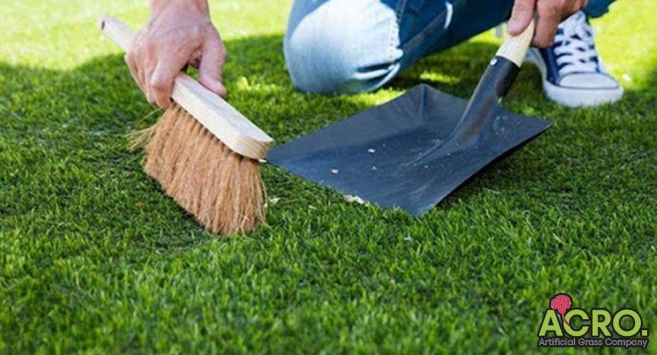 Cách vệ sinh thảm cỏ nhân tạo