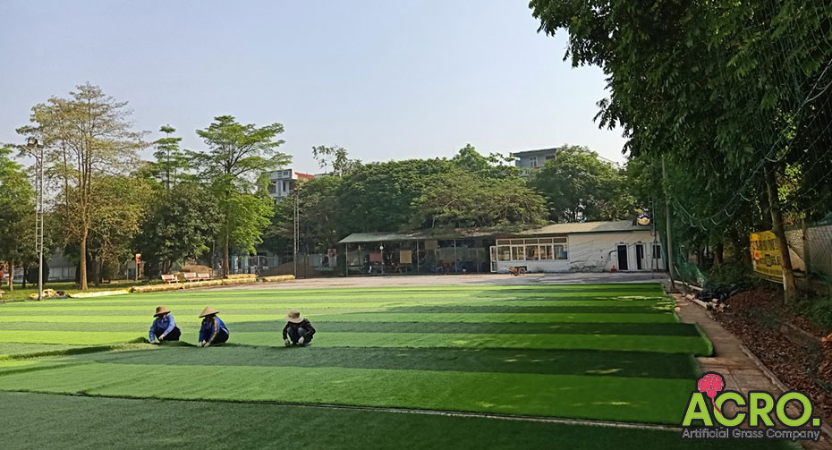 Chi phí làm sân bóng cỏ nhân tạo