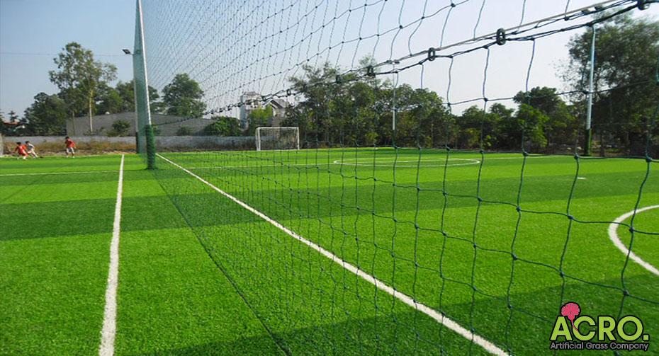 lưới căng sân bóng đá