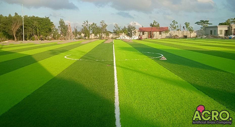 Giá cỏ nhân tạo sân bóng đá